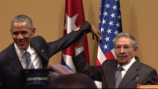 No hugs for Obama: Awkward moment with Castro at Havana presser