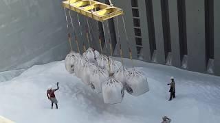 UNSEEN crane loading ALLUMINIA in to ship @ vizag port