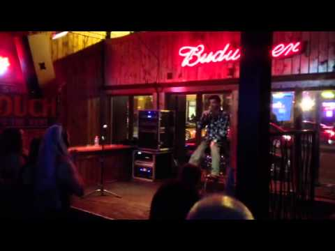Jason Waugh, Follow me Karaoke