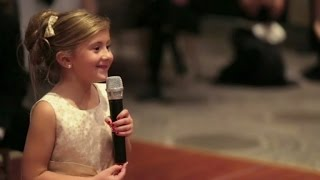 6-Year-Old Flower Girl Surprises Bride and Groom with Adorable Performance