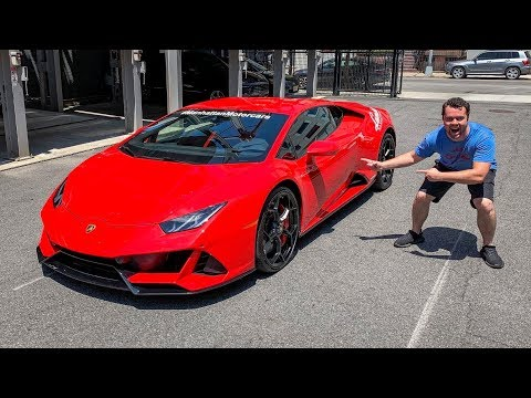 2020 LAMBORGHINI HURACAN EVO REVIEW - Better Than A Performante?