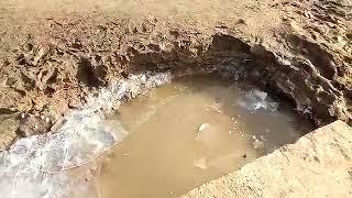 Девочка в Костанае провалилась в яму. Работы вела частная компания