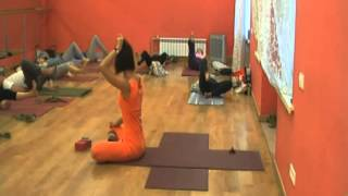 Йога-терапія, частина 1. Налаштування та розминка. Ю. Синявська.