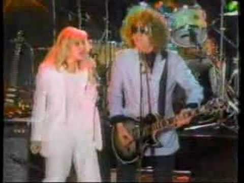 Ian Hunter - We Gotta Get Out of Here