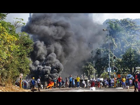 South Africa last riots damage worth .7 billion-  state insurance company handling claims say