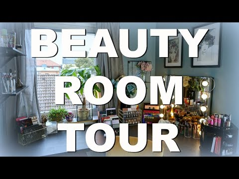 Room Tour 2017 | Not Your Typical White Beauty Room