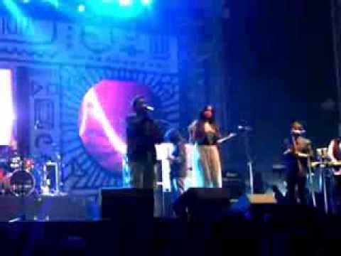 Apeksha Dandekar, Karsh Kale, Benny Dayal at NH7 2013 Delhi - Peekaboo