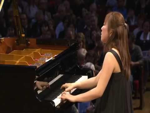 Kana Okada Chopin: Etude A minor op.25-11