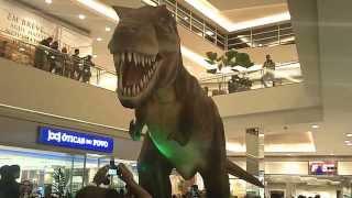 Dinosaurs attack mall