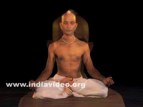 How to Do Padmasana - Yoga Lotus pose