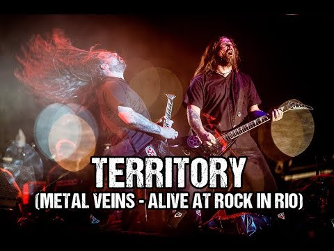 Sepultura - Territory (Metal Veins - Alive at Rock in Rio) [feat. Les Tambours du Bronx]