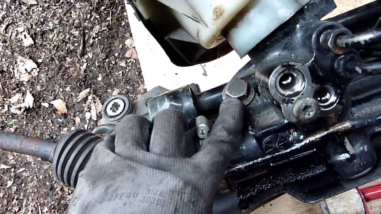 How to remove the steering rack 34