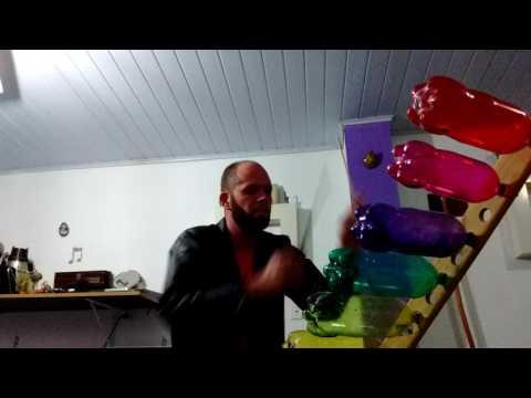 (Petfone)  Xilopet instrumento musical feito com garrafas pet