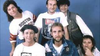 Mike And The Mechanics- All I Need Is A Miracle (1985)
