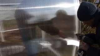 Монтаж теплицы из поликарбоната М-3(Монтаж теплицы из поликарбоната М-3 шириной 3 метра, длиной 5,85 метров. -- Компания Парник-Спб Теплицы из полик..., 2014-10-18T12:59:24.000Z)