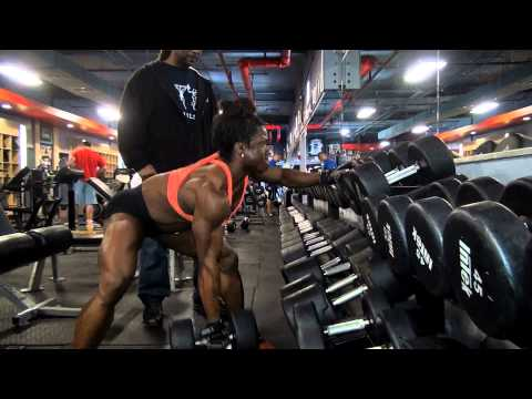 IFBB Women's Pro Bodybuilder Alana Shipp Trains Back & Biceps!