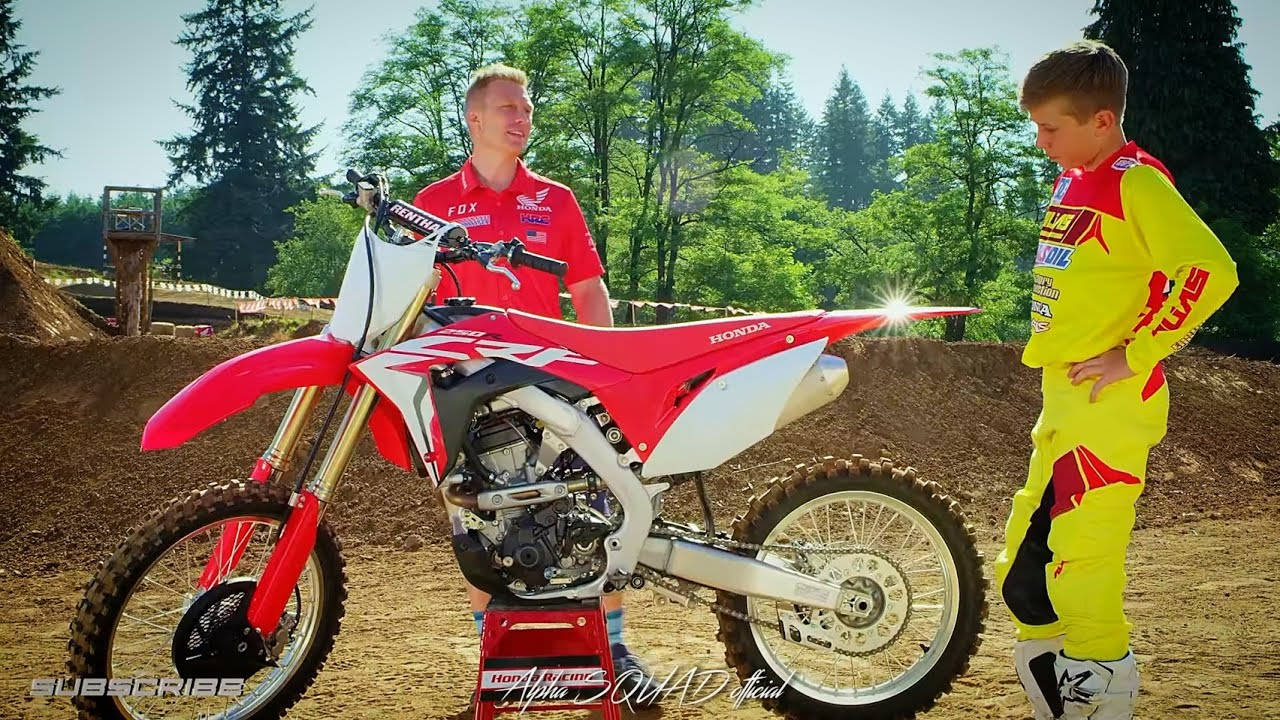 2018 honda crf 250r demonstration dual exhaust 250cc motocross 250cc dirtbike honda. Black Bedroom Furniture Sets. Home Design Ideas