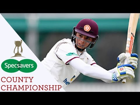 Incredible Finish As Northants Beat Durham With One Ball Left - Specsavers County Championship 2017