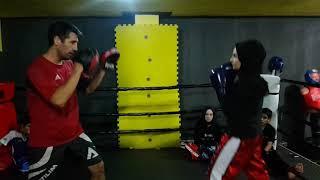 Kick Boks genç bayanlar Türkiye 3.sü Hümeyra Demir
