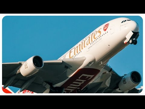 Busy Evening Plane Spotting - Aircraft Takeoff and Landing at Melbourne Airport