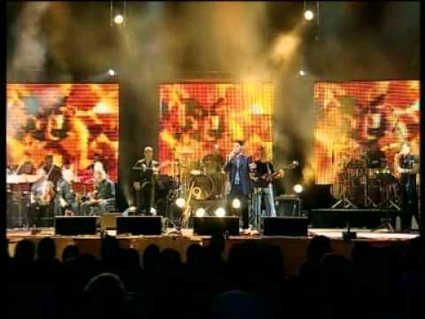 גד אלבז בהופעה חיה בקיסריה - בית אבי  Gad Elbaz Live In Caesarea - Bet Avi