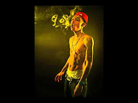 f067e1f4541 Wiz Khalifa G-Mix feat. Snoop Dogg