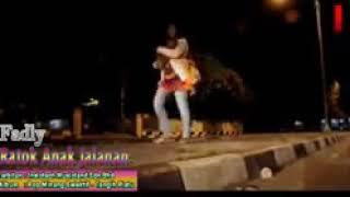 Ratok  Anak jalanan .Fadly  lagu padang paling sedih