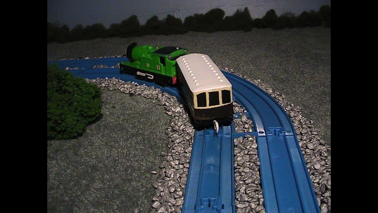tomy trackmaster isabel the great western autocoach