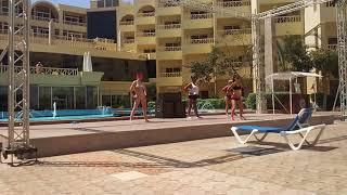 Лучший активный танец для беременных. Танец Зумба. Уроки танца. AMC Royal Hotel. Египет. Хургада.