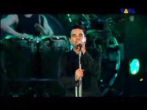 Robbie Williams Feel live at Knebworth 2003