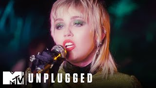 "Miley Cyrus & The Social Distancers Perform ""Midnight Sky"" 