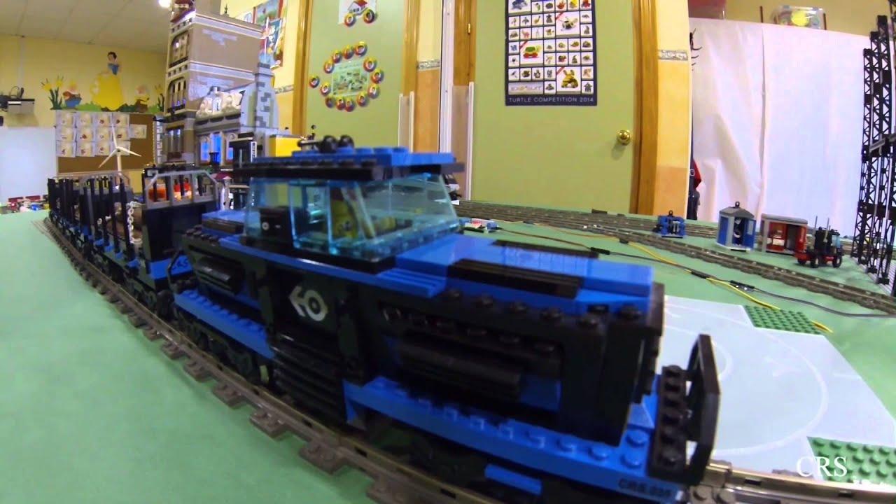 Lego train v layout automated traffic light arduino