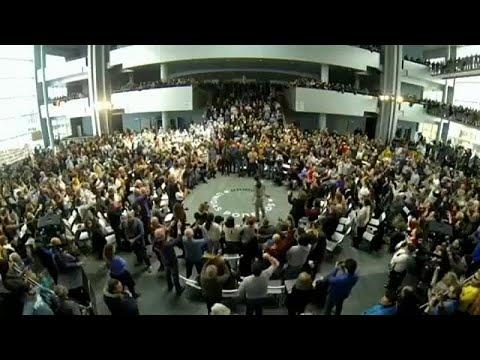 اليسار في البرلمان الأوروبي.. كتلةٌ صغيرة بصوّتٍ صاخب  - 17:53-2019 / 5 / 6