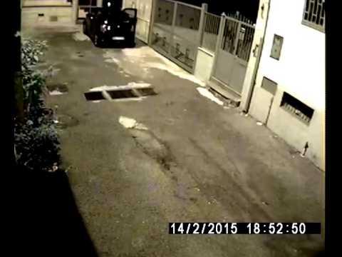 Ladri ripresi da telecamere di videosorveglianza