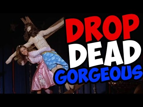 LOOKS CAN GET YOU KILLED! - Drop Dead Gorgeous Movie Review // F*cked Up Film Club   Snarled