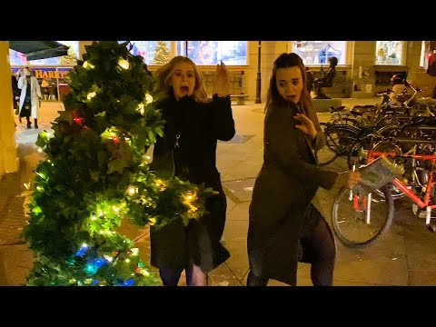 They had Unforgettable Christmas: Bushman Christmas Prank