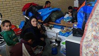 Лагерь беженцев на территории старого афинского аэропорта Эллинико