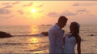 Nicole & Justin's Dreamlike Beach Wedding