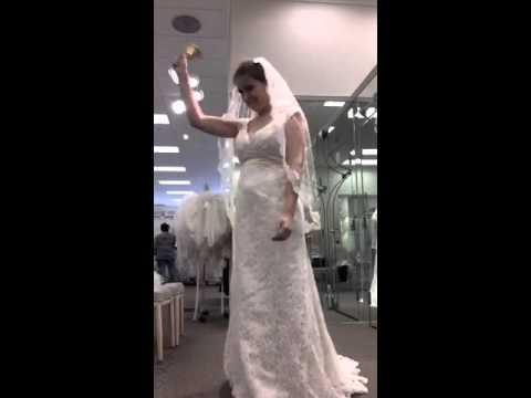 Spy Cam: I Found THE Wedding Dress! 👰