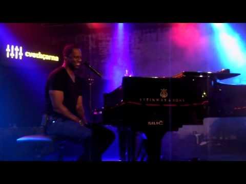Brian McKnight singing I Miss You in Slovenia