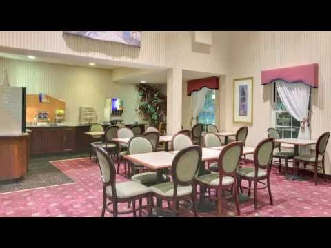 Holiday Inn Express & Suites - Roseville, Michigan