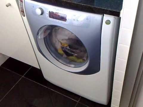 problema na m quina de lavar e secar ariston aqualtis aqm8d 49 u youtube. Black Bedroom Furniture Sets. Home Design Ideas