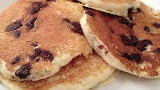 How To Make The Perfect Chocolate Chip Pancake : Pancake Breakfast