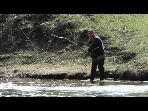 Рыбалка возле дамбы. Начало апреля. My fishing.
