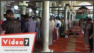 أجواء الصيام فى أول أيام رمضان بمسجدى الأزهر والحسين