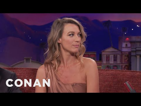 How Natalie Zea Stayed Warm On
