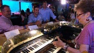 Keyboard virtuoso Piano Pat rocks the Sip