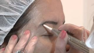 Cristina Pérez - Micropigmentación de Cejas - Goldeneye España