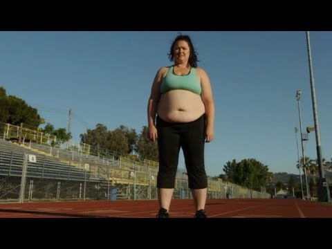 Former Cheerleader Fits Back into College Uniform After Losing 150 Pounds