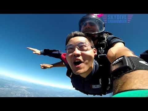Xiaoquan Guo's Tandem skydive!